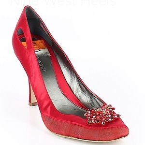 """Red"" Pump just waiting to be worn..."